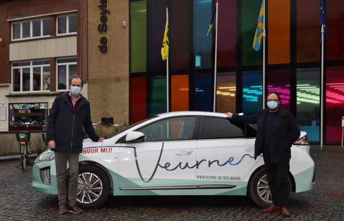 Schepen Jan Verfaillie (links) en schepen Pascal Sticker.©Myriam Van den Putte MVO
