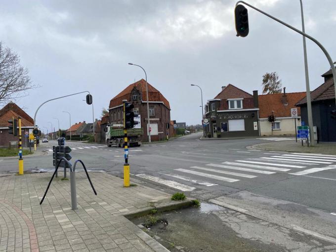 De Oude Vichtestraat die haaks op het kruispunt Belgiek uitkomt, wordt na de herinrichting afgesloten.© DRD