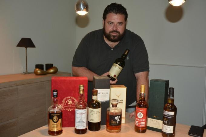 Voor Mario Mestdagh is whisky een godendrank die je met mate moet degusteren.© CLY