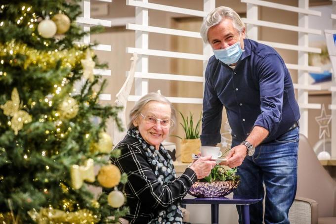 Louis Van Belleghem werkt als vrijwilliger in woon-zorgcentrum Mercator.©Benny Proot Benny Proot