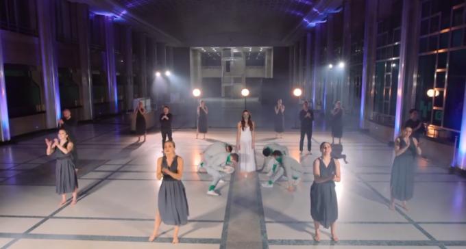 Er doen 18 dansers mee aan de performance.© GF