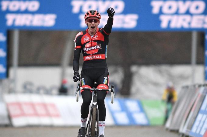Michael Vanthourenhout won dit seizoen al twee grote crossen. Volgt zondag in Meulebeke nummer drie met zijn eerste Belgische titel ooit? (foto Belga)© BELGA