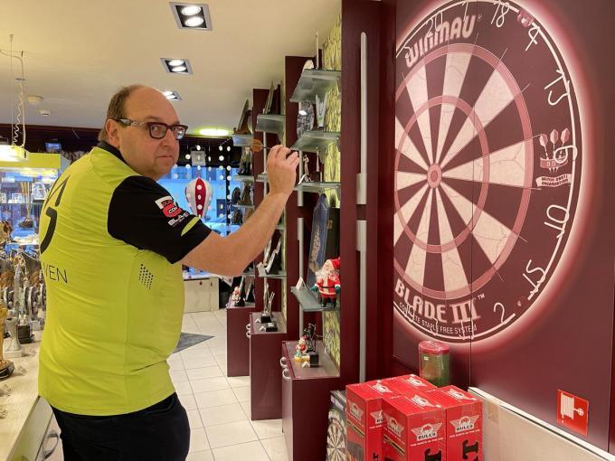 Peter Bouttelisier hoopt het 30-jarig bestaan van zijn winkel gepast te kunnen vieren in 2021.© JRO