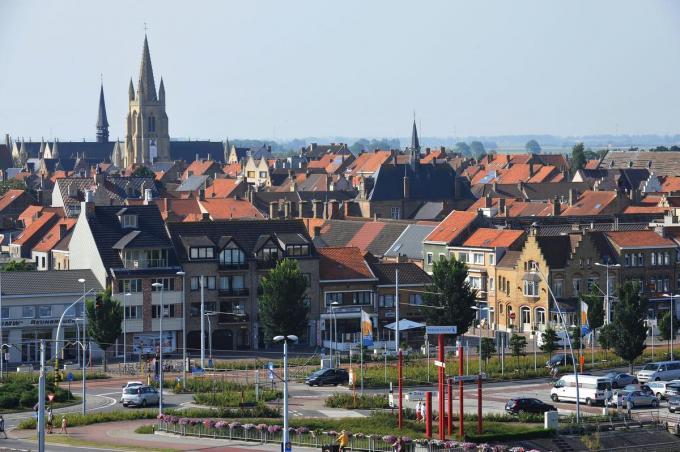 In Nieuwpoort-stad geldt er nu ook een snelheidsbeperking van 30 km/uur.© IV