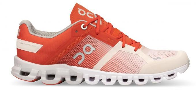 Loopschoenen met actieve schokdemping, van het Zwitserse merk ON (149,95 euro).© ON