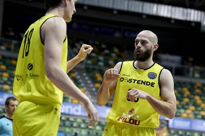 Jesse Waleson en Pierre-Antoine Gillet basketten heel verdienstelijk in Spanje.© PR