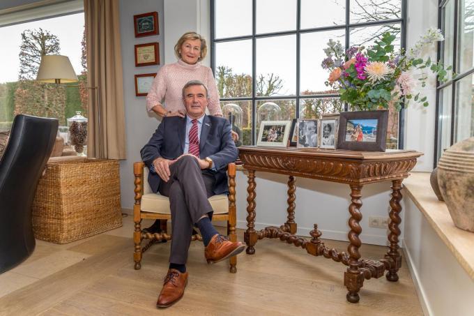 """Hendrik Verkest, hier met zijn echtgenote Mia Verschuere: """"Mijn vrouw was de voorbije 31 jaar enorm belangrijk. Zonder haar zou ik nooit zo lang burgemeester geweest zijn.""""©Wouter Meeus WME"""