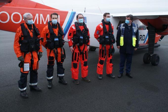 Vice-premier Vincent Van Quickeborne maakte een vlucht met het verkenningsvliegtuig.© ML