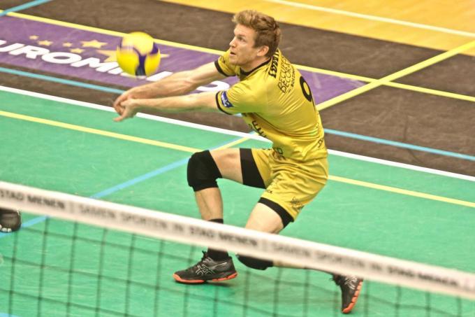 Anshel Ver Eecke mag zich weer volwaardig volleyballer noemen. (Foto MP)