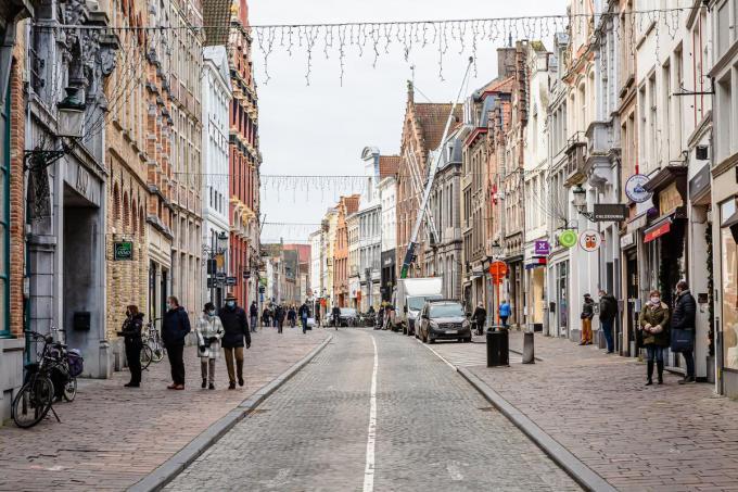 Voorlopig is het niet te druk in Brugge, zelfs tijdens de solden. (Foto Davy Coghe)©Davy Coghe Davy Coghe