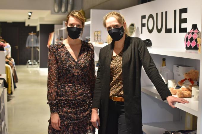 Jozefien en Sofie Desot van kledingzaak Foulie. (Foto TOGH)