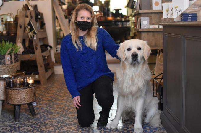Heather Cain en haar hond Bill.© TOGH