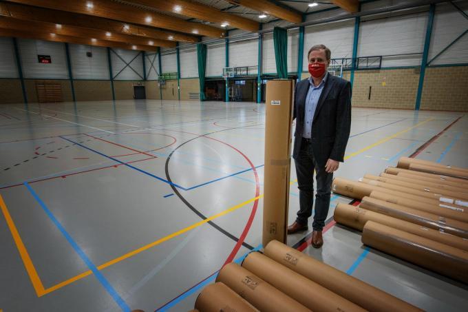 """""""We kozen voor sporthal 2, omdat in sporthal 1 een zwevende sportvloer ligt, die zeer delicaat is"""", zegt de burgemeester.© MD"""
