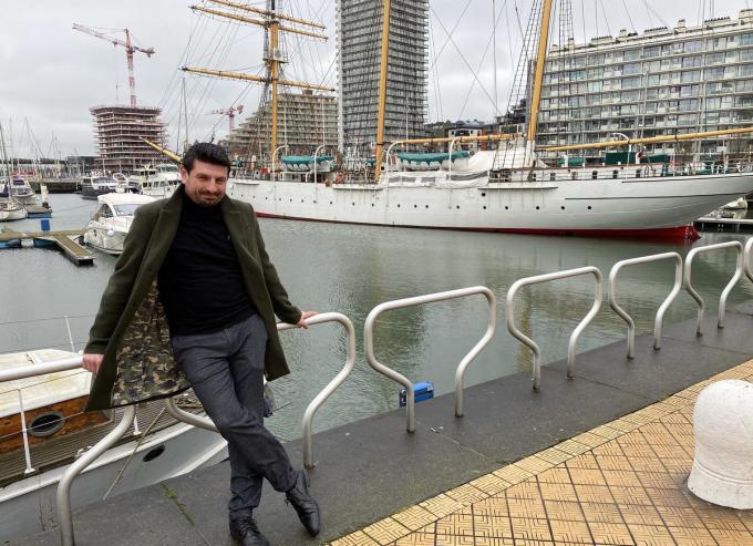Chef-kok Vito Centomani op de plaats waar het nieuwe restaurant komt.© DVL