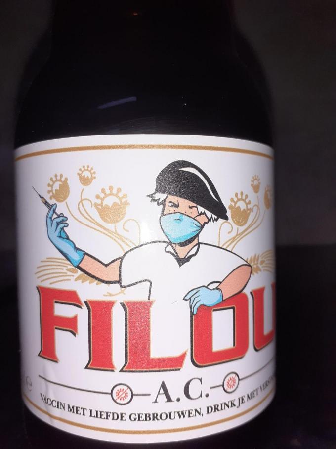 Het etiket van Filou kreeg een corona-upgrade. Smaken zal het wel, maar of dit vaccin effectief zal helpen...?