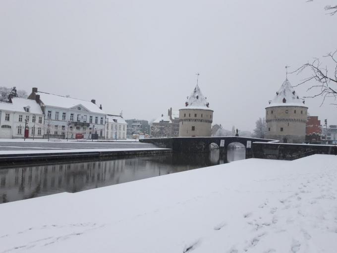 In Kortrijk lag er enkele weken geleden al een fijn sneeuwtapijt.© Belga