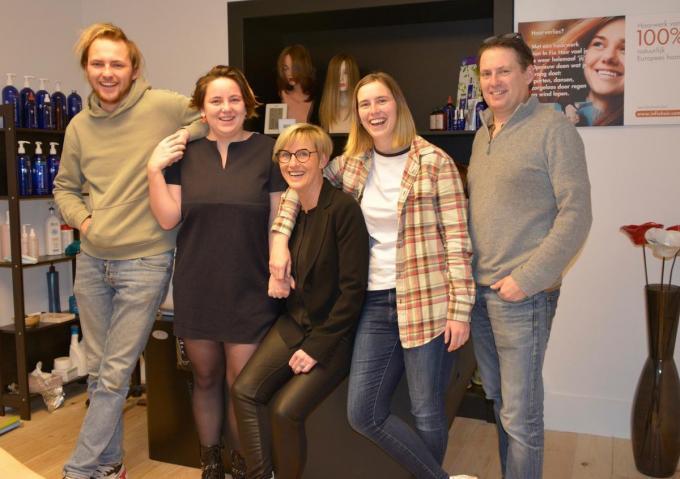 Carine met echtgenoot Bart en hun kinderen Reyn, Rany en Rens.©DM DM
