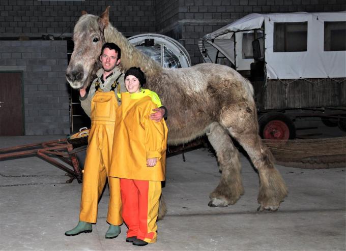 Dominique leerde Katrien garnaalvissen te paard.©MVO MVO