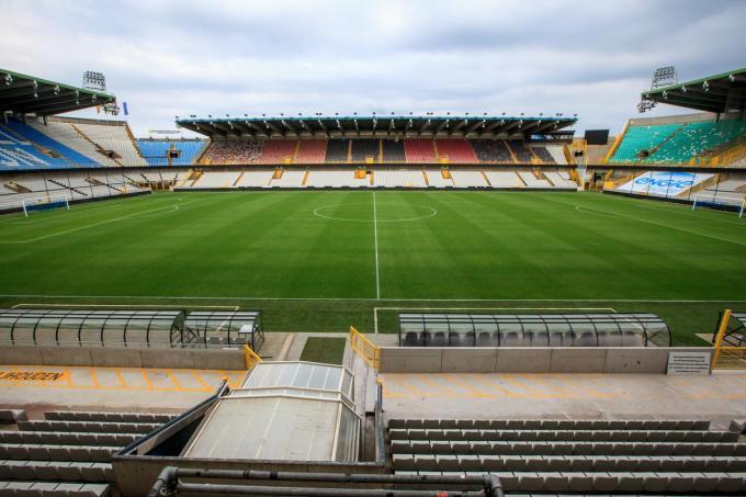 Het Jan Breydel stadion is volgens Binnenlandse Zaken niet meer veilig en zou in 2023 moeten sluiten.© Davy Coghe