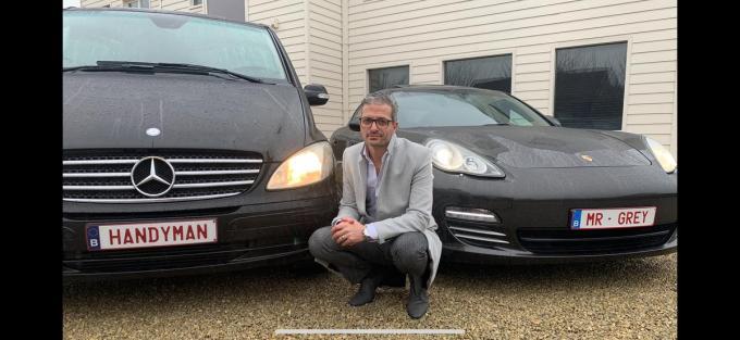 'Handyman' Romuald Verhaeghe rijdt nu ook rond als 'Mr Grey'. (Foto LS)