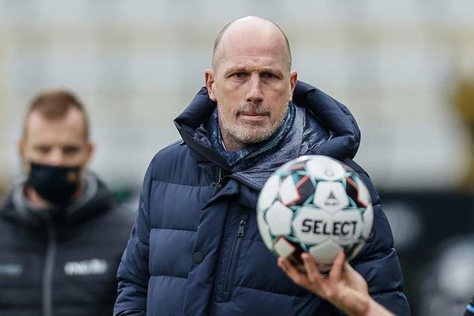 Coach Philippe Clement.©BRUNO FAHY BELGA