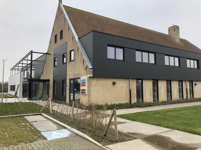 Het nieuwe gemeentehuis, dat bijna afgewerkt is.© RVL