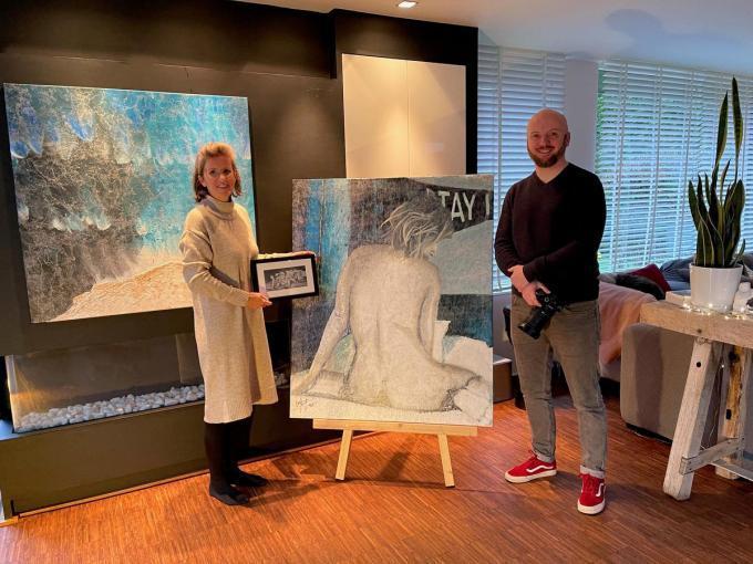 Kunstenares Barbara Tas en fotograaf Kristof Claeys willen koppels een bijzonder valentijngeschenk geven.© AVH