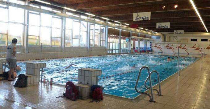 Zwemmen wordt een pak duurder in Wingene.© (foto AN)
