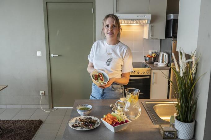 Tine Vansteeland is trots dat haar recepten in de smaak vallen.©STEFAAN BEEL Stefaan Beel