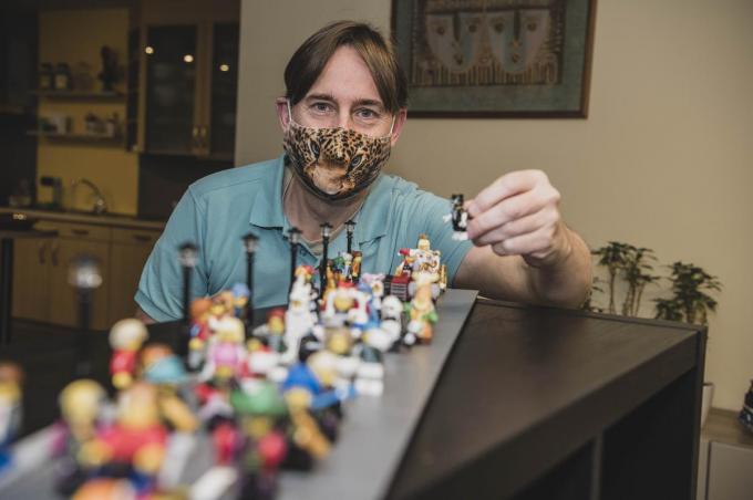 Andy heeft een passie voor alles wat met Lego te maken heeft. Die passie wil hij nu delen met de rest van Vlaanderen.© Olaf Verhaeghe