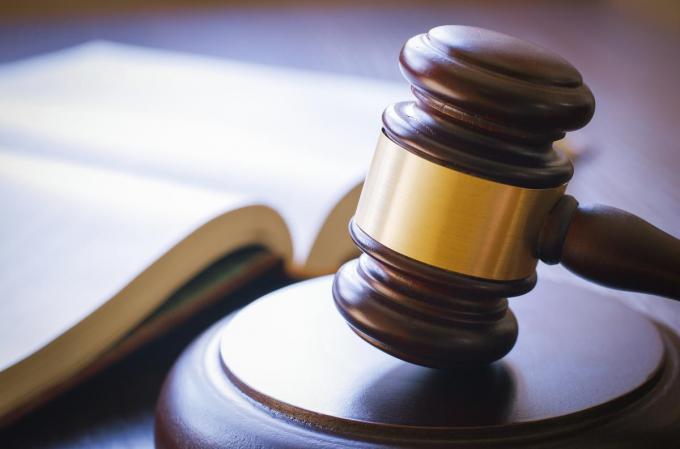 De beklaagde moest voor de rechter verschijnen voor diefstal van 250 horloges.© Getty Images