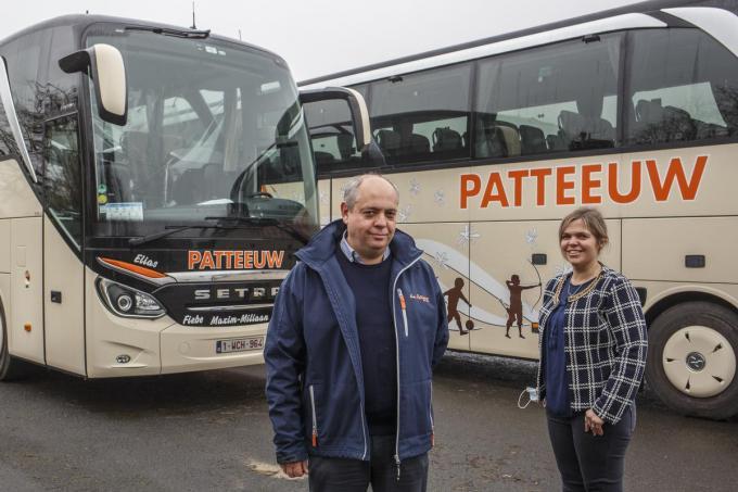 Bert en Ann-Sophie Patteeuw willen bussen inzetten voor de vaccinaties. (foto JS)© Jan Stragier