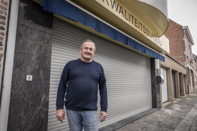 Dirk Martens was niet enkel in zijn winkel, maar ook daarbuiten bekend als slager-traiteur. (foto SB)© Stefaan Beel