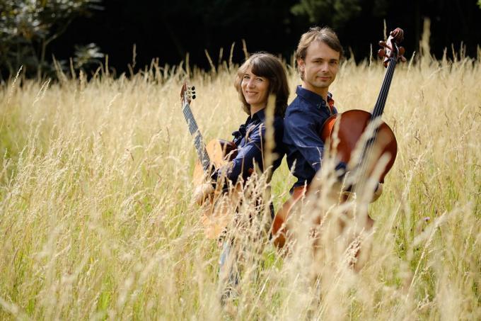 Verenigd in het leven, spelen Catherine en Wouter samen muziek sinds hun ontmoeting.© Benoit Struys