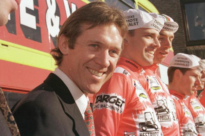 Als ploegleider bij de Kortrijkse Groeningespurters in de jaren negentig.©Bart Vandenbroucke/vdb Bart Vandenbroucke/vdb