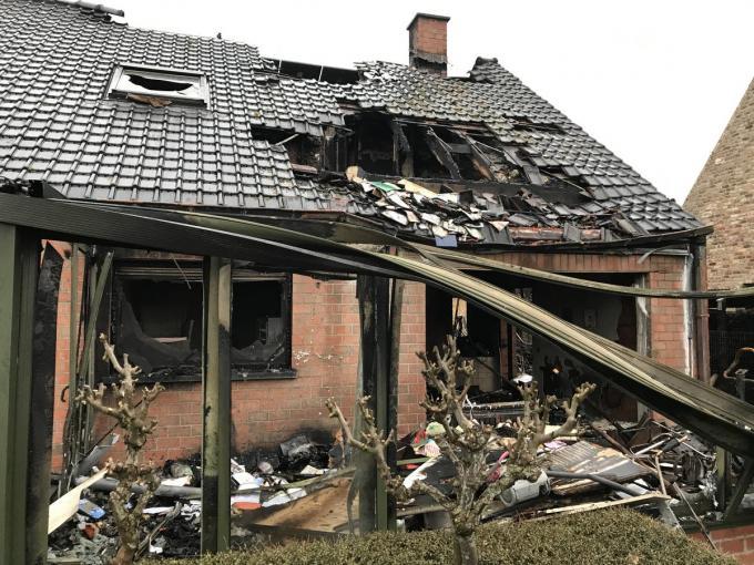 """""""Wat er nu met het huis moet gebeuren, weten we nog niet"""", aldus de bewoners.© JH"""