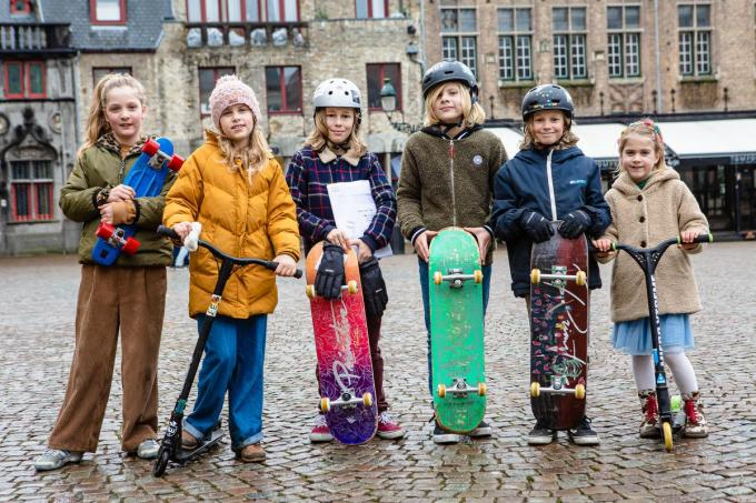 Lou, Noor, Julien, Wolf, Aster en Hasse dromen van een leuke en veilige plek om te skaten.©Davy Coghe Davy Coghe