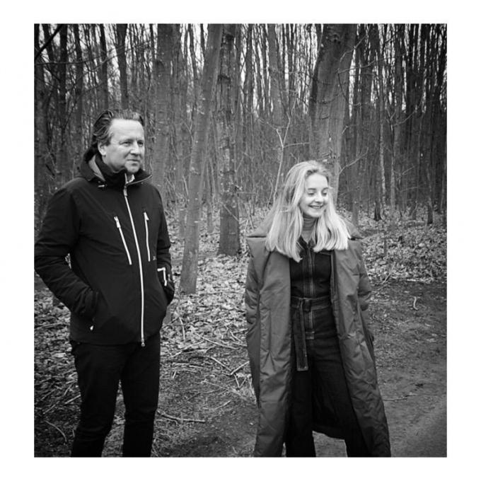 Dogwalker (met frontman Nikolaas Debusschere) heeft met 'Two Worlds Collide' een nieuwe single en met Anna Julia Verstrynghe een co-zangeres.© (Foto DRD)