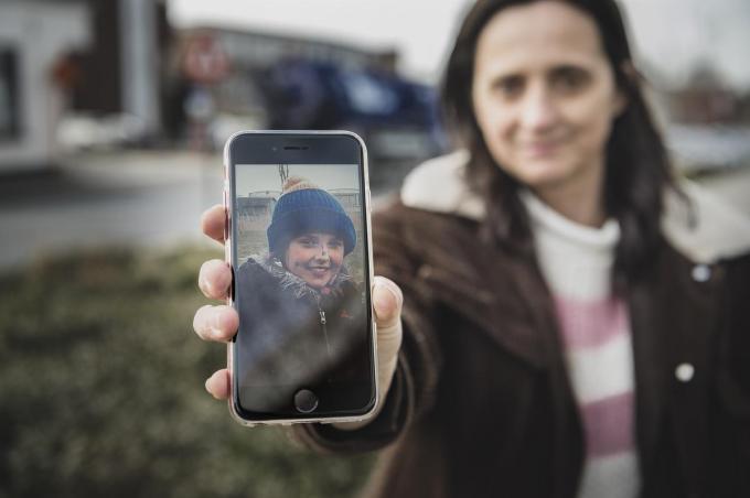 Kato Vandenbogaerde was 12 toen ze op 18 september 2020 verongelukte op weg naar school. Op die plaats had eigenlijk een fietsstraat moeten zijn.© Olaf Verhaeghe