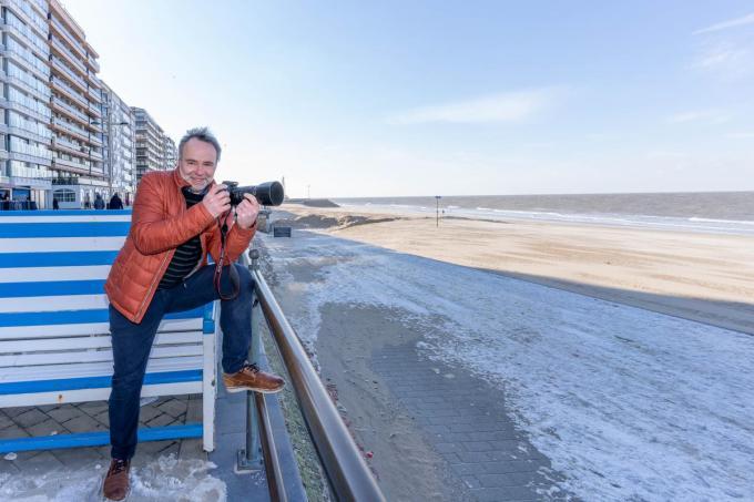 Weerfotograaf Johan Töpke bezorgt de weermannen en -vrouwen ook telkens inspiratie voor hun weerpraatje. (foto LC)©luc cassiman