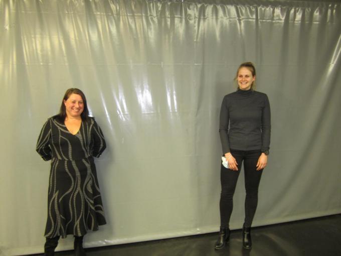 Sara Dinneweth (rechts) wordt opgevolgd door Christel L'Hoost (links).