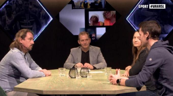 Karl Vannieuwkerke met Fredje Deburghgraeve, Koen Naert en Oshin Derieuw.© gf