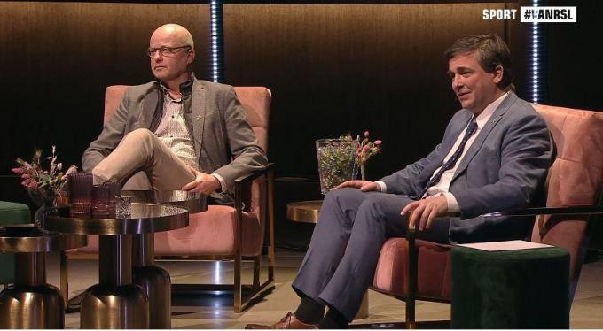 Schepen van Sport José Debels en burgemeester Kris Declercq waren ook van de partij.© gf