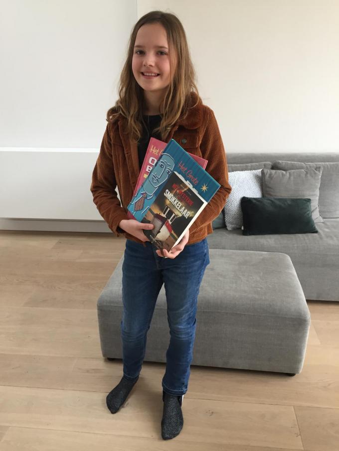 Winnares Jade Debraeve won onder meer drie boeken.© BRU