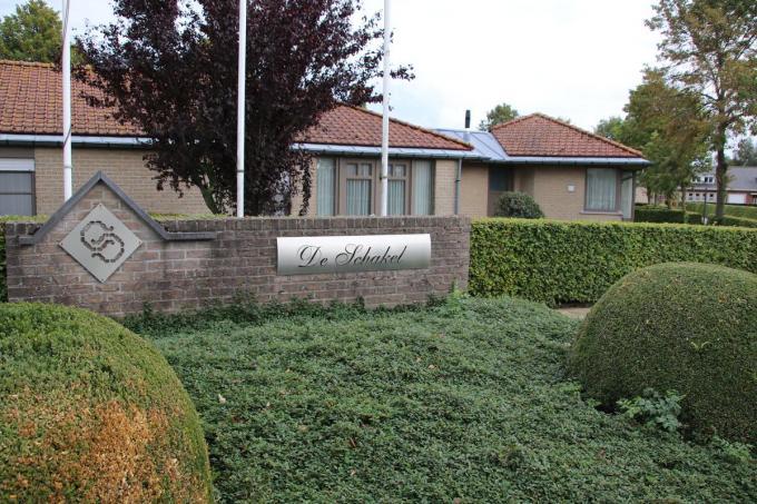 De gemeente verkoopt de woningen van De Schakel aan IZI Wonen.© KDV