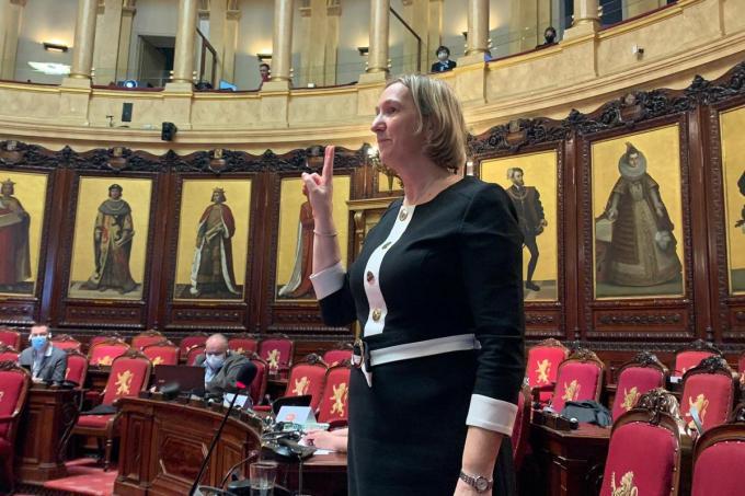 Cathy Coudyser legde vrijdag de eed af in de Senaat.© gf