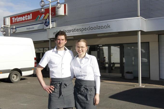 Uitbaters Jens en Griet van slagerij Calleeuw. (foto Coghe)©GINO COGHE Foto Coghe