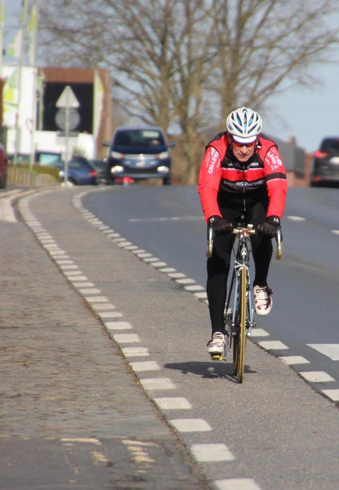 Voor de renovatie van fietspaden voorziet Zwevegem 359.676 euro (foto GVH)©Geert Vanhessche
