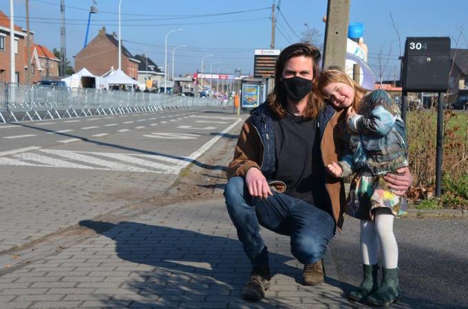 Maarten Vandewalle met dochter Flavie.© (Foto BRU)