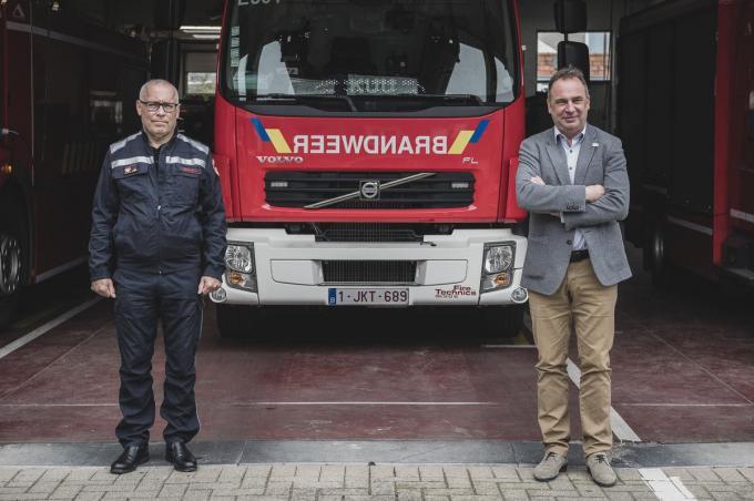 Piet Beirlaen en Francis Benoit stelden maandag de Fluvia-cijfers voor 2020 voor: opvallend minder branden en ongevallen, opvallend veel ziekenhuisritten.© Olaf Verhaeghe